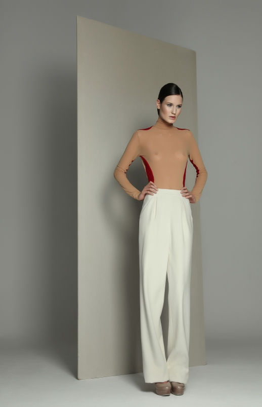Spodnie W029